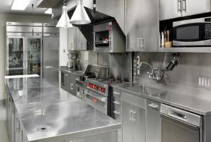 چیدمان آشپزخانه تجاری