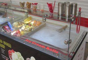 دستگاه بستنی ساز رولی