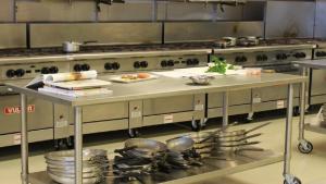 تجهیزات رستوران و فست فود